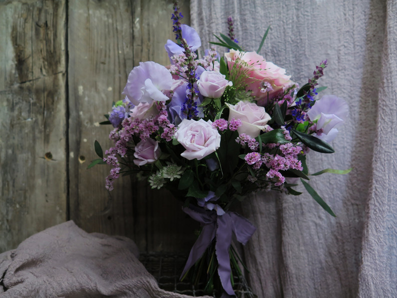 Soft purple and pink bridal bouquet
