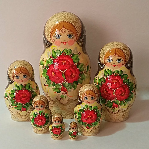 7 pieces nesting doll