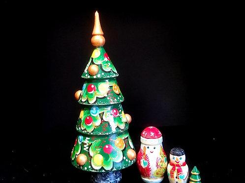 Christmas nesting tree 4 pieces