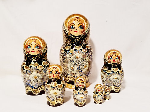 Russian Nesting doll 7 pieces