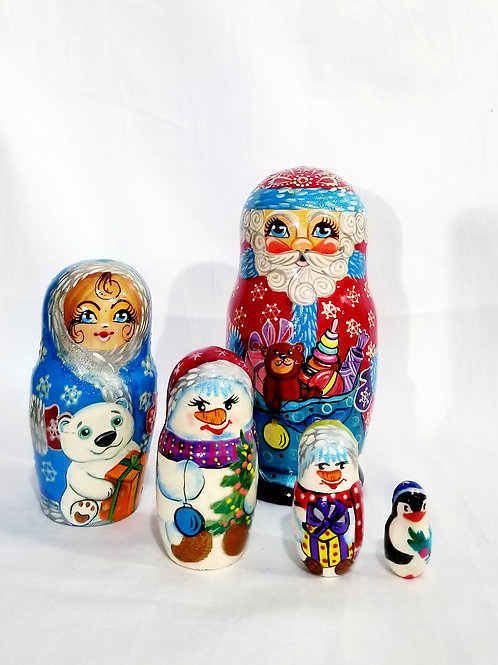 Santa nesting doll, 5 pieces 6.5 in high