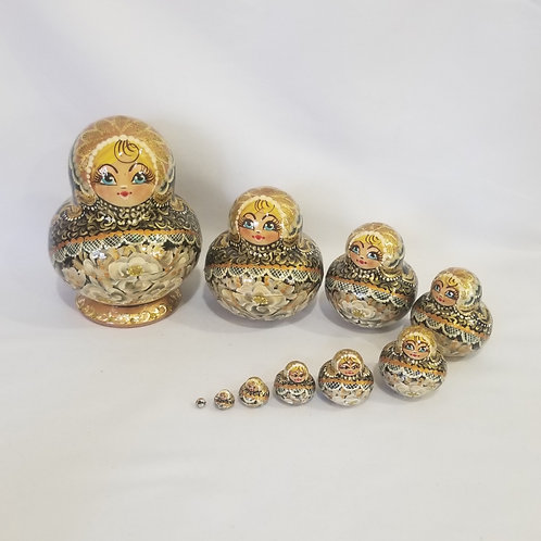 Russian nesting doll,10 pieces