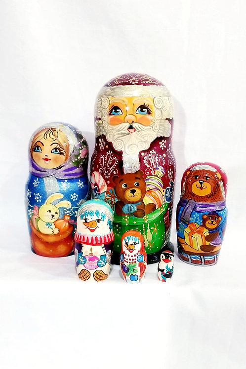 Santa nesting doll, 6 pieces 9 in high