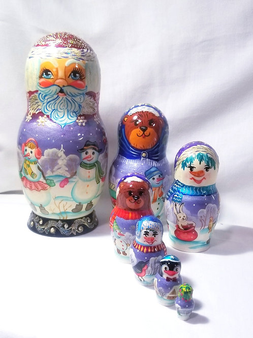 Santa nesting doll, 7 pieces 9 in high