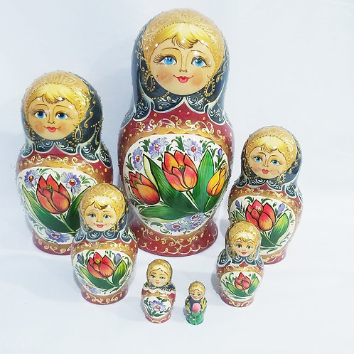 Russian nesting doll,7 pieces