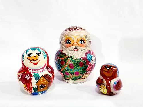 Santa nesting doll, 3 pieces 3 in high