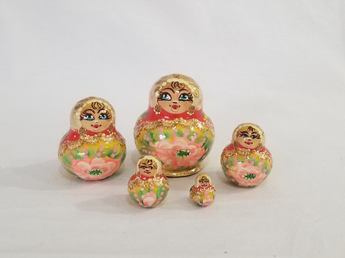 Russian Nesting doll 5 pieces 2 inches tall