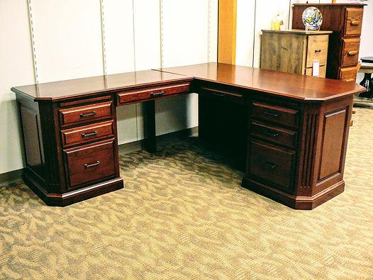 Buckingham L-Desk