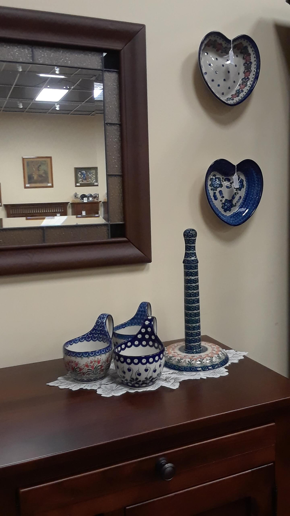 Pittsburgh Polish Pottery at The Amish Home Pittsburgh Mills