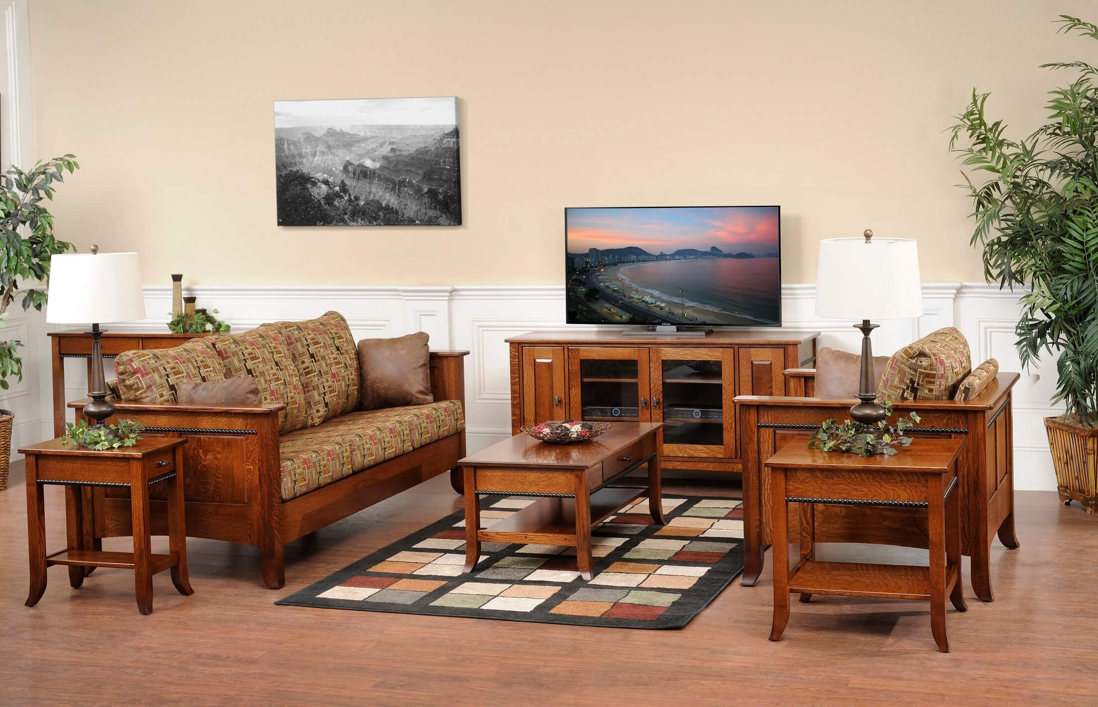 Cranberry Living Room Furniture
