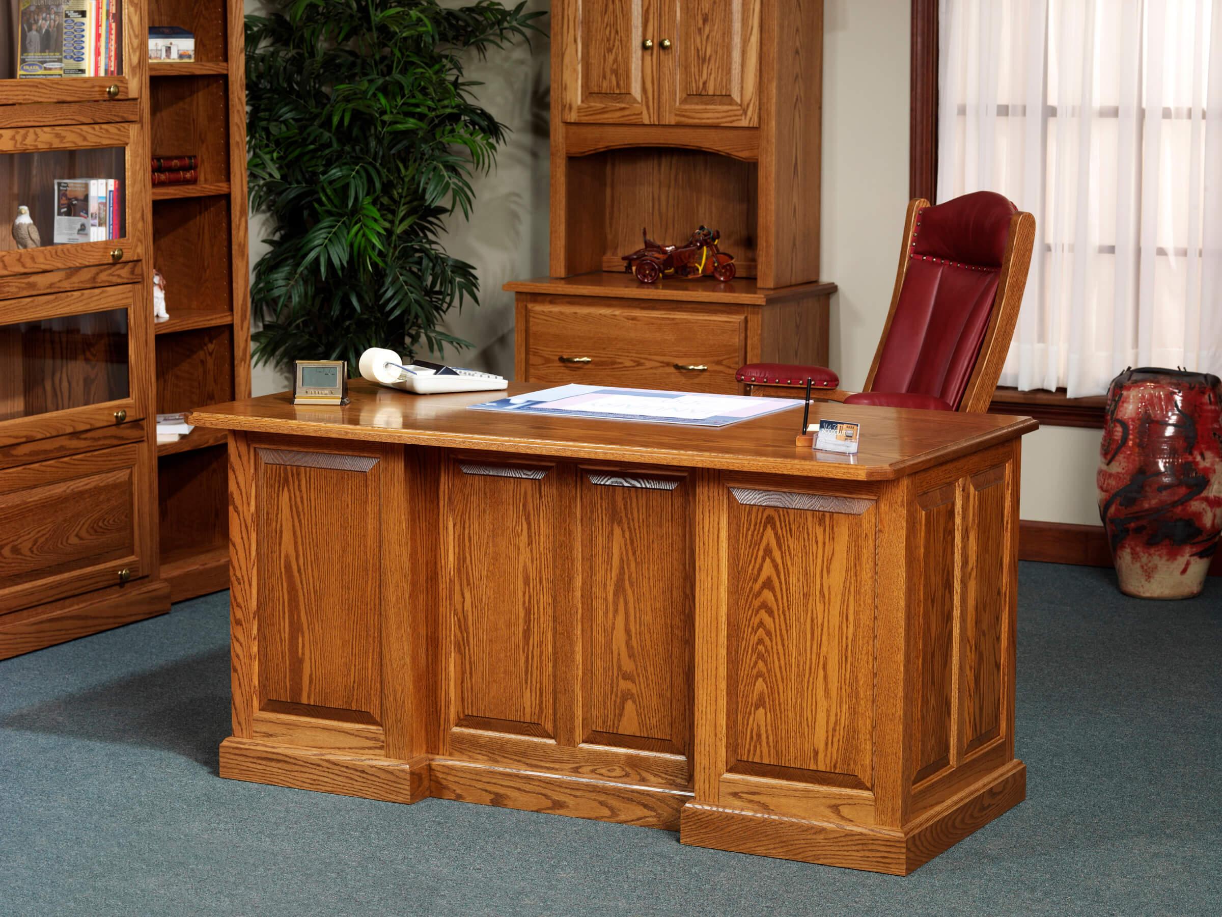 Highland Executive Desk
