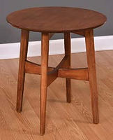 Lodi Round End Table | Brown Maple in Michaels OCS113 | 22in W x 22in D x 24in H | The Amish Home | Amish Furniture at the Pittsburgh Mills