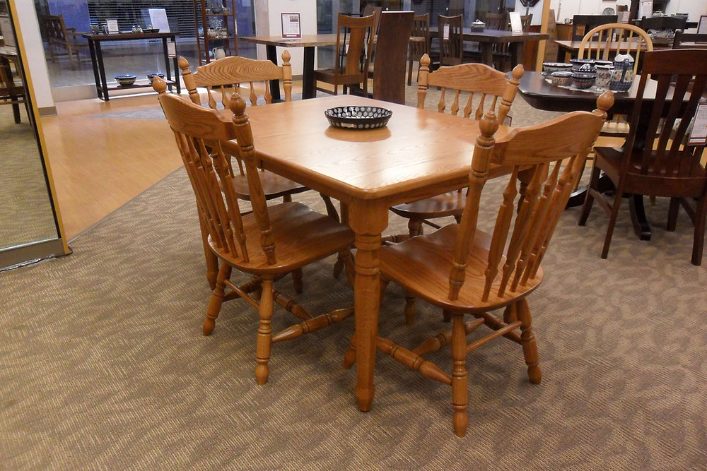 Solid Oak 5-Piece Dinette includes 36in x 48in dining table with 2 leaves (self-store) plus four Royal Side Chairs includes choice of 20+ stain colors