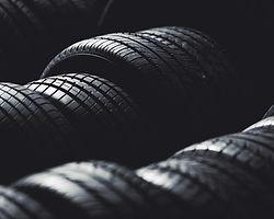 Stapel von Reifen