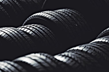 Pila de neumáticos
