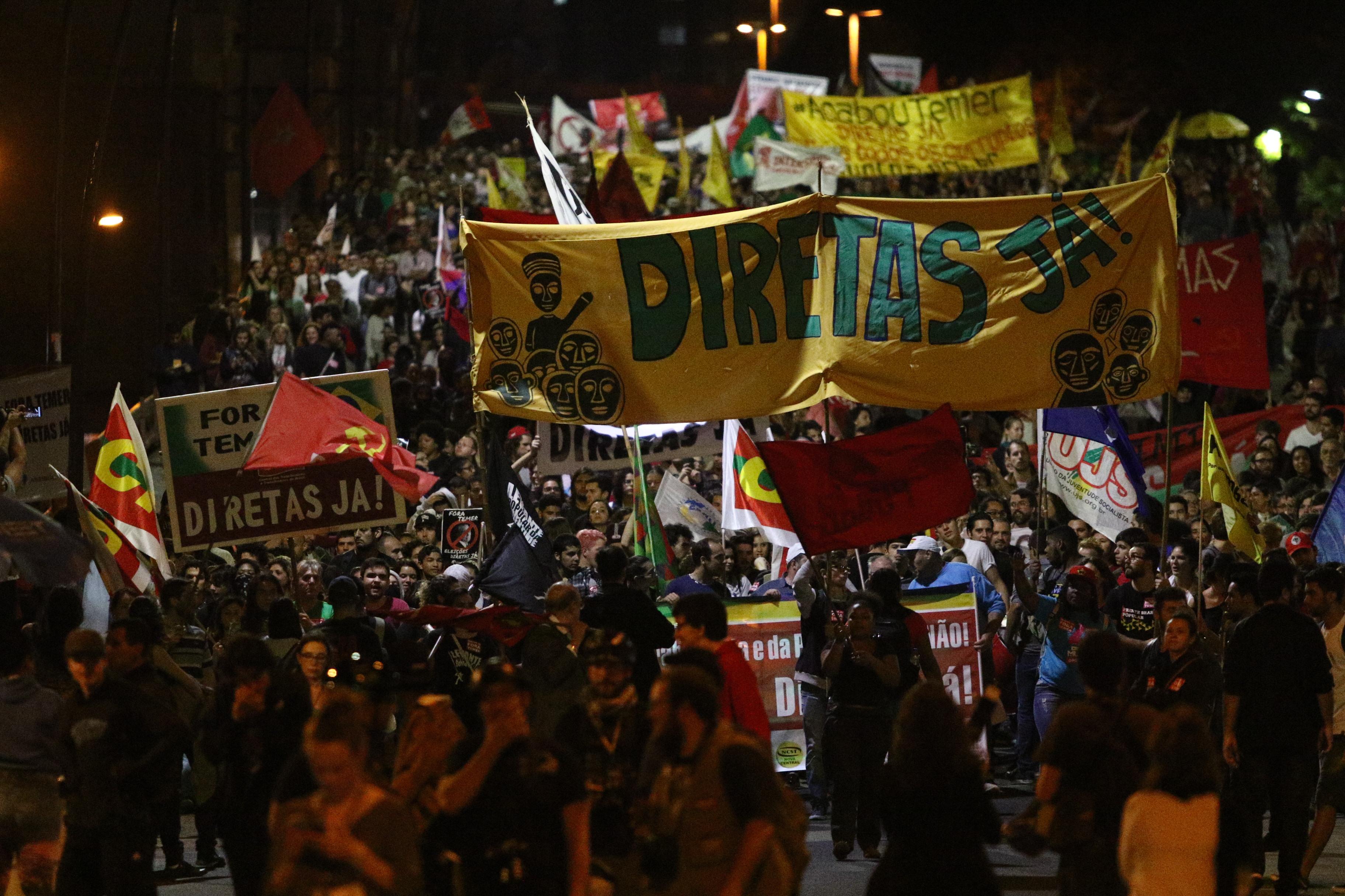 Ato Fora Temer em Porto Alegre