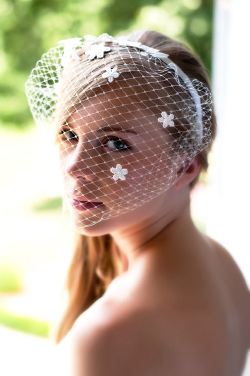 serre tête de mariée, accessoire de tête de mariée, voilette de mariée, voile de mariée