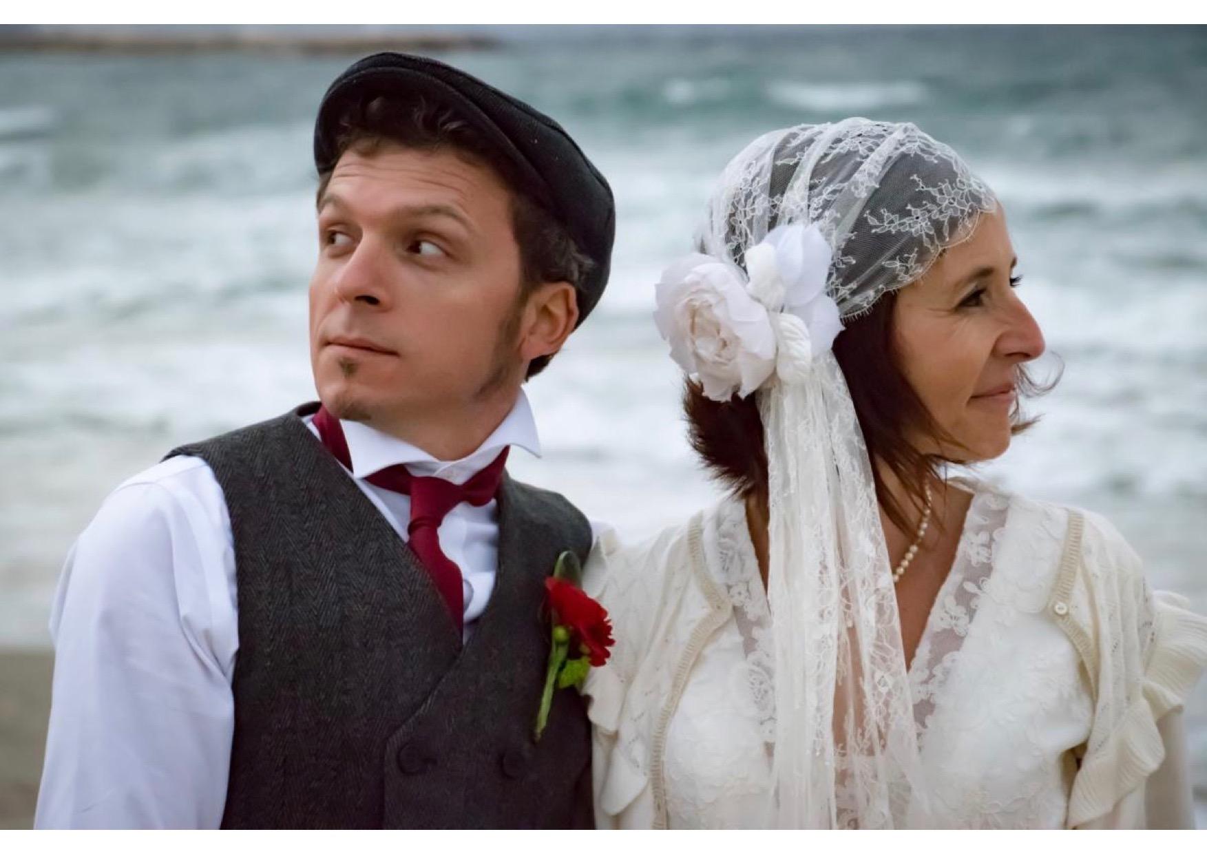 mariée porte une cape  années 20