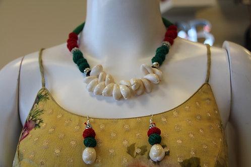Natural Sea shell Necklace set