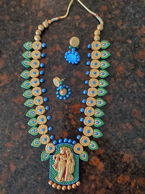 Handcrafted terracotta jewelry set