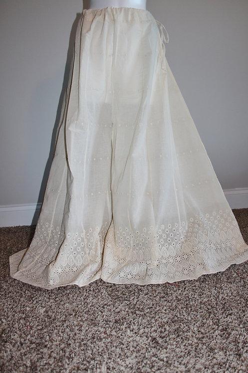 Off-white Flared Chikankari embroidery plazzo