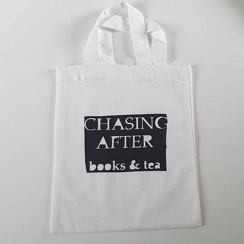 Buchbeutel - CHASING AFTER books & tea