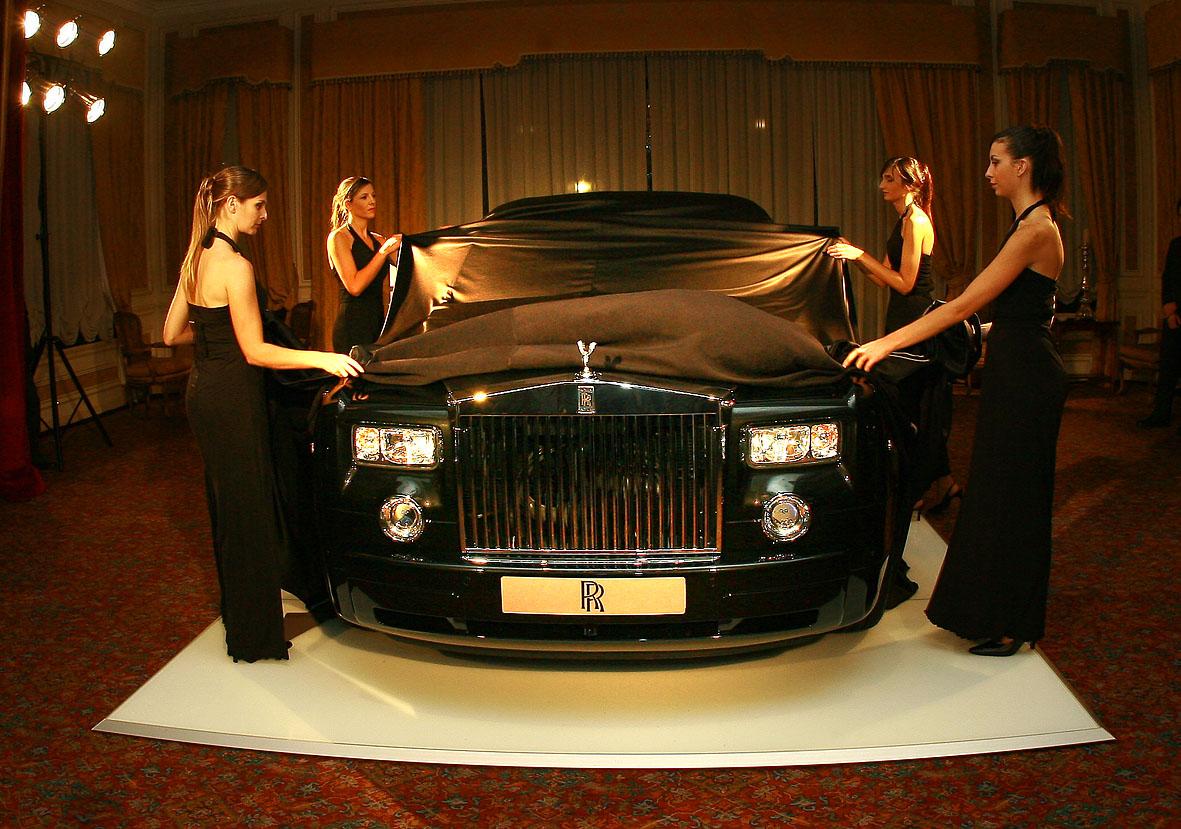 Lanzamiento Rolls Royce