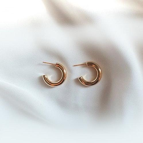 Hemera Hoop Earrings