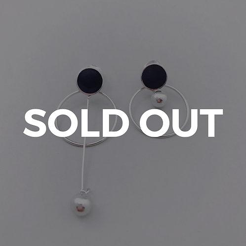 Black Unbalance Earrings