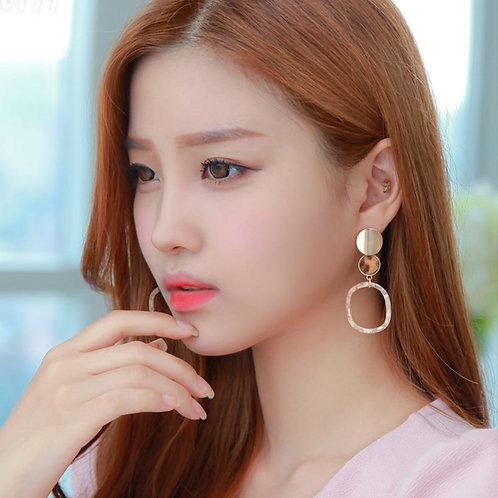 Amoro Drop Earrings