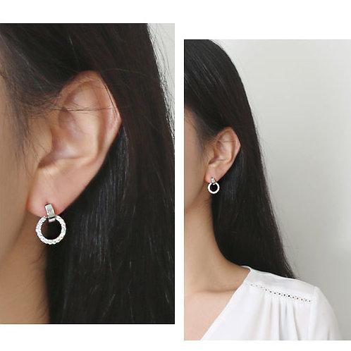Blinky Round Earrings