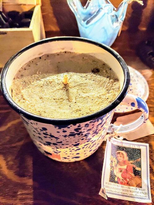 36oz Vanilla & winter spices candle w/reusable XL Mug