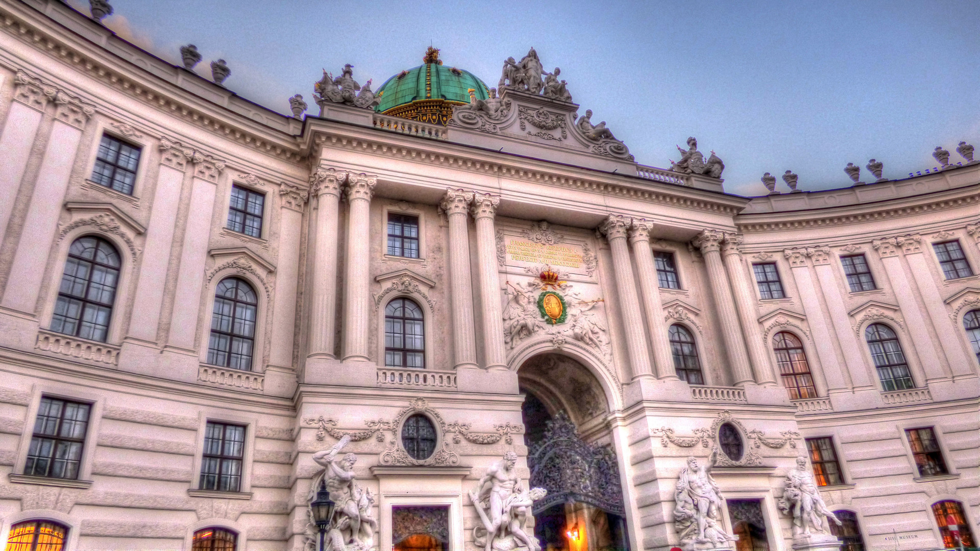 Hofburg.jpg