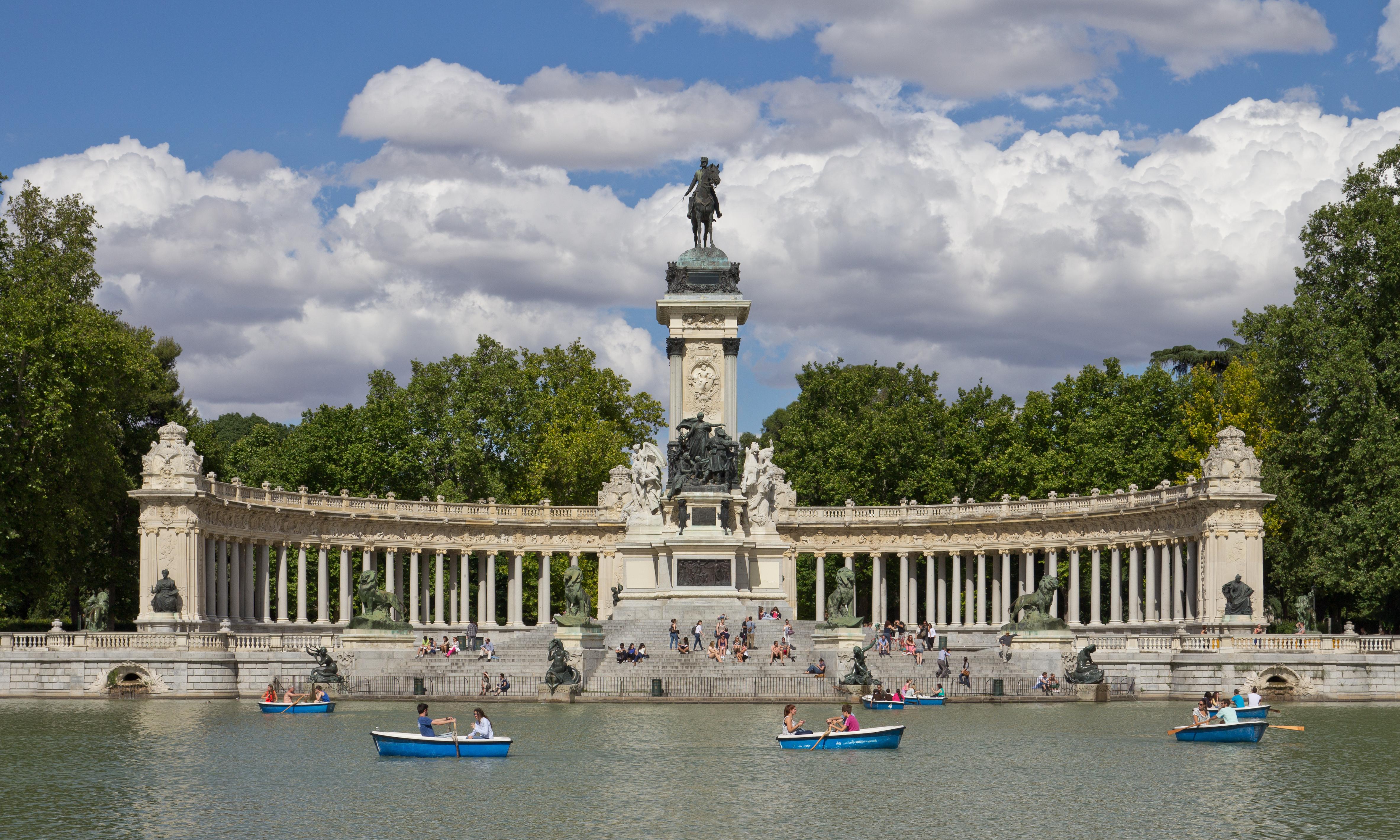 Monumento_a_Alfonso_XII_de_España_en_los