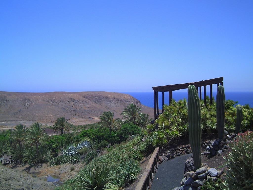 fuerteventura-sky-blue-nature-landscapes