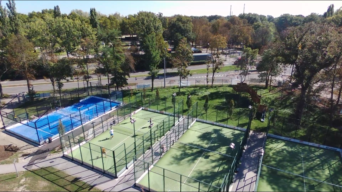 Padel courts.PNG