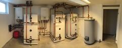 Bosch Compress 6000 Luft vatten installation med dubbla utedelar i Nyhamnsläge.