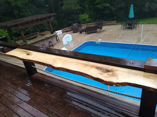 poolside bar.jpg
