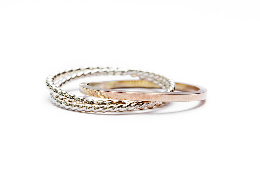 INTERCONNECTED RING TRIO