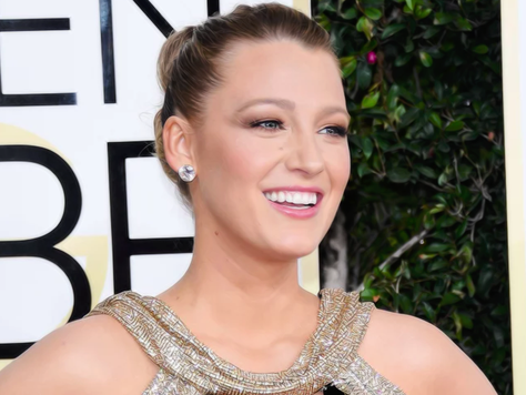 Blake Lively: A estrela do Red Carpet do Globo de Ouro 2017