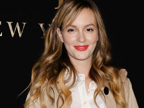 Leighton Meester comparece ao Russian Tea Room para o desfile da Kate Spade no NY Fashion Week e fãs