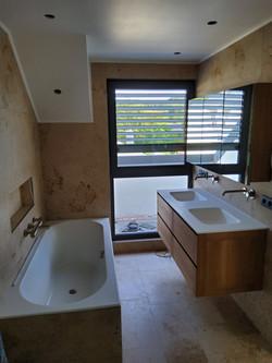 Rénovation d'une salle de bains à Syren.