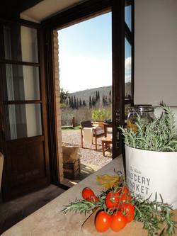 La_Torretta_42__Apartment_GIULIA_Blick_aus_der_Küche
