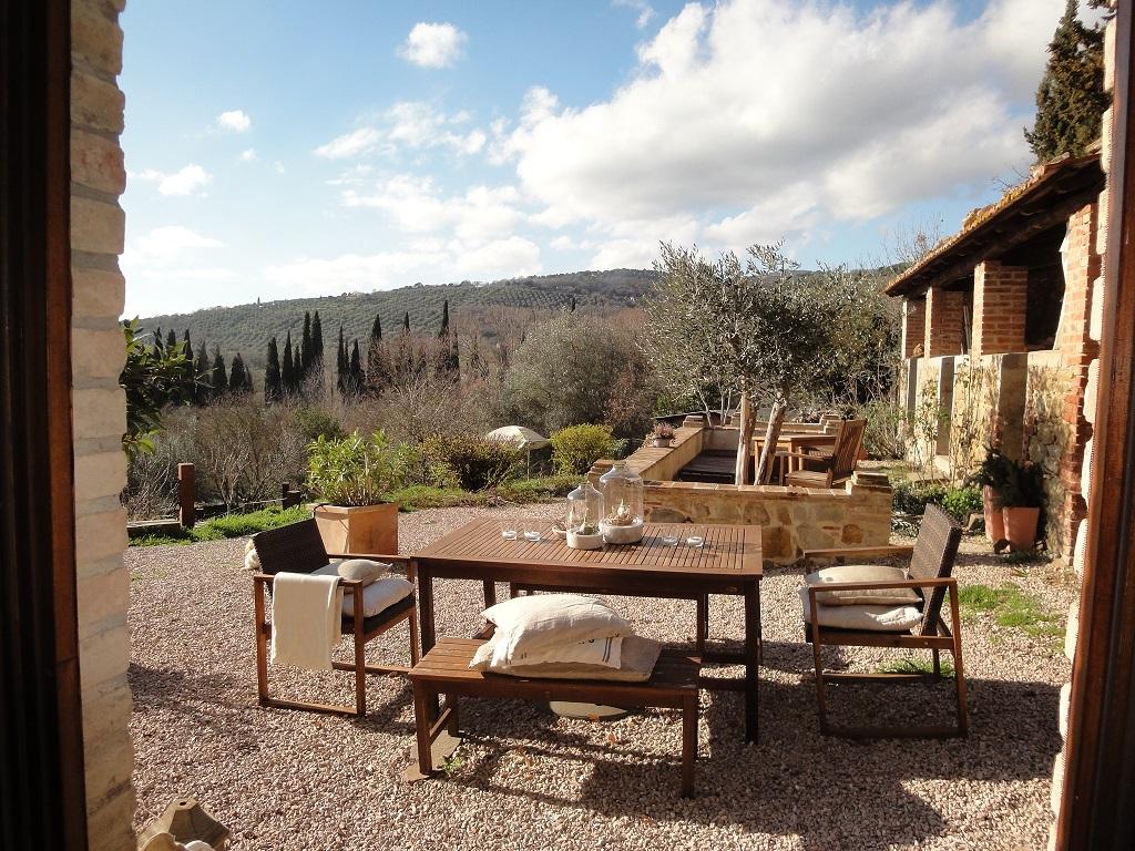 La Torretta 42_ Apartment GIULIA_Blick in den Garten