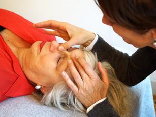 Kopfbehandlung bei Sinnusitis, Tinnitus und Kiefergelenksbeschwerden