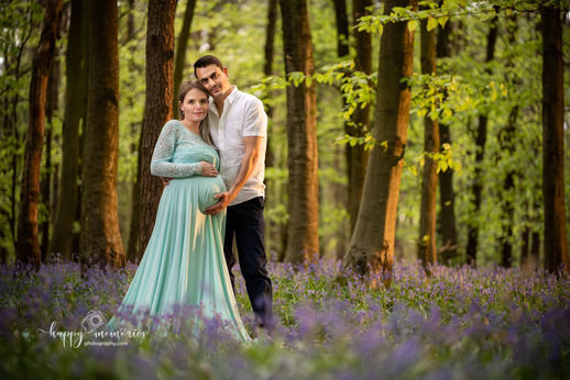 maternity, pregnancy photographer Crawley, Horsham, East Grinstead, Redhil, Reigate