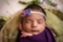 Newborn photographer Redhill-11.jpg
