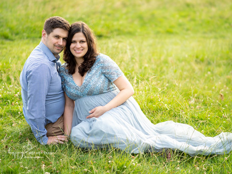 Maternity session in Worth Park in Crawley, West Sussex