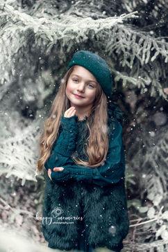 Portret FINE ART dziewczynka Kraków, sesja plenerowa