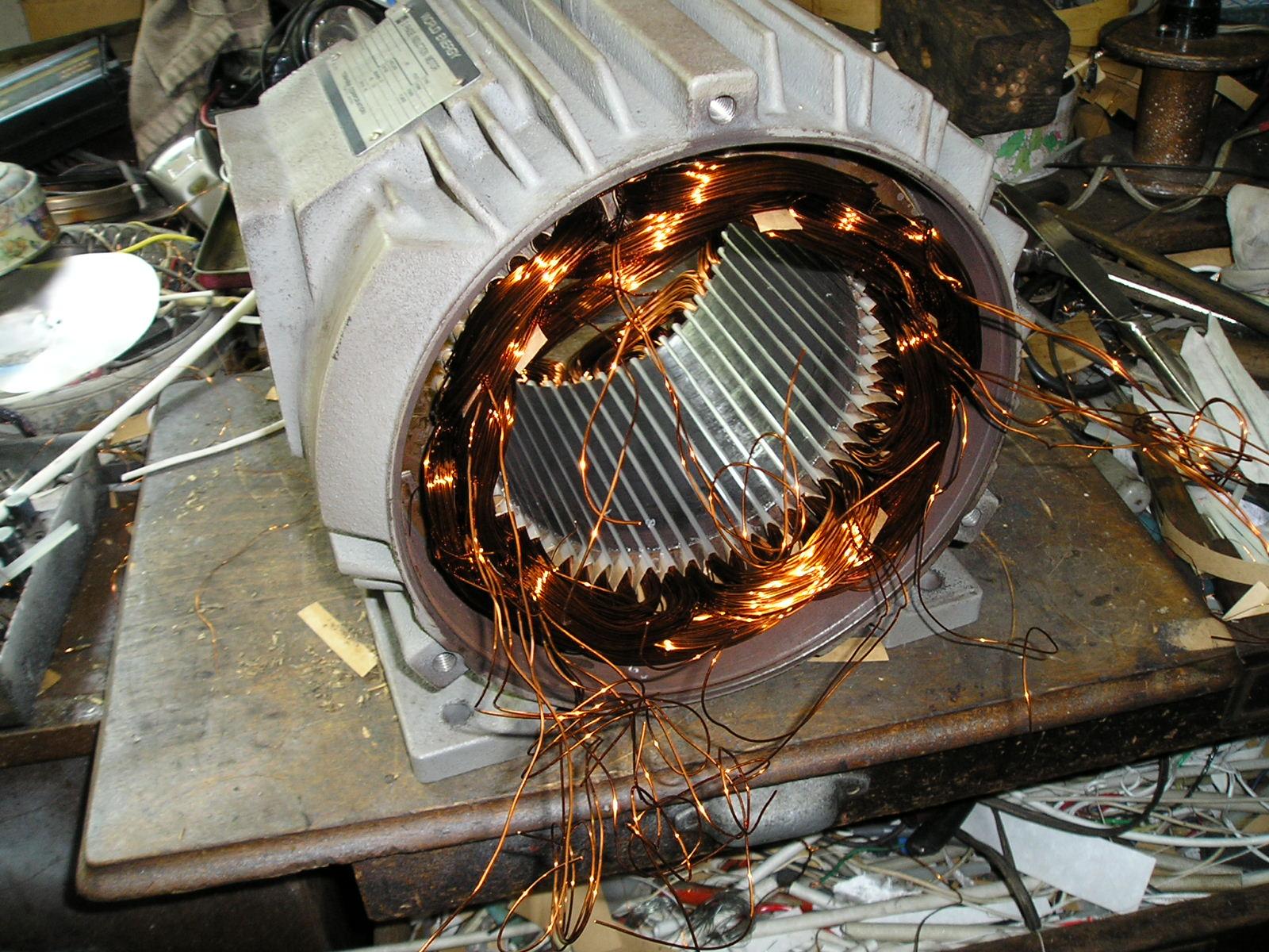 新規コイル組込み|八潮市の三貴電機株式会社
